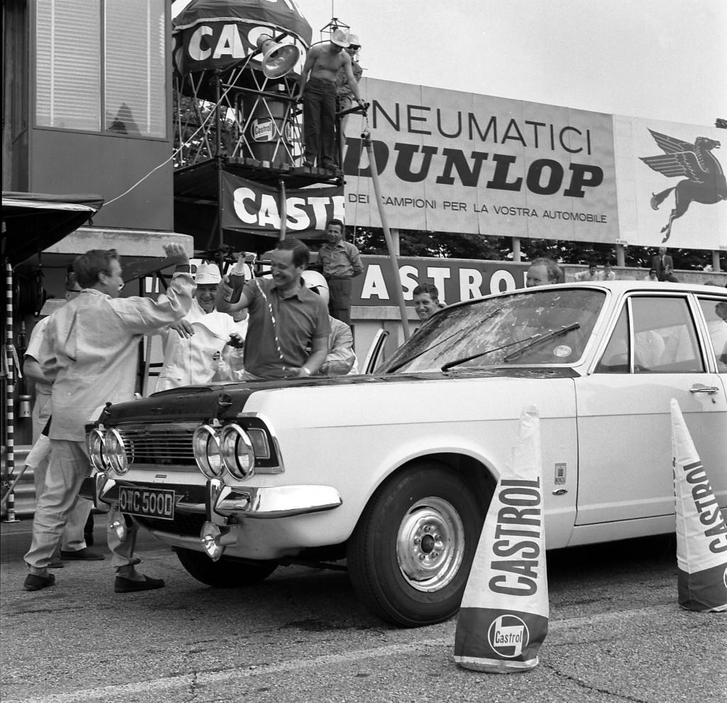 1966 Monza Run Zodiac MK1V